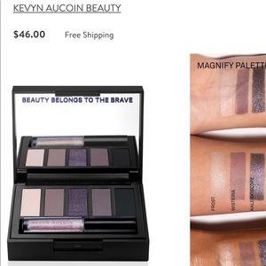 Kevin aucoin eyeshadow palette
